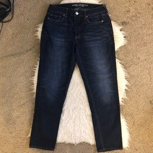 American Eagle tomgirl jeans dark wash button fly